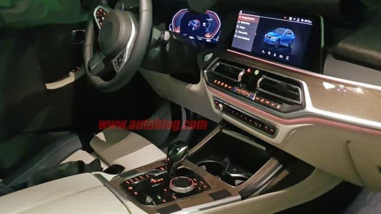 2019 BMW X7 interior spied in detail