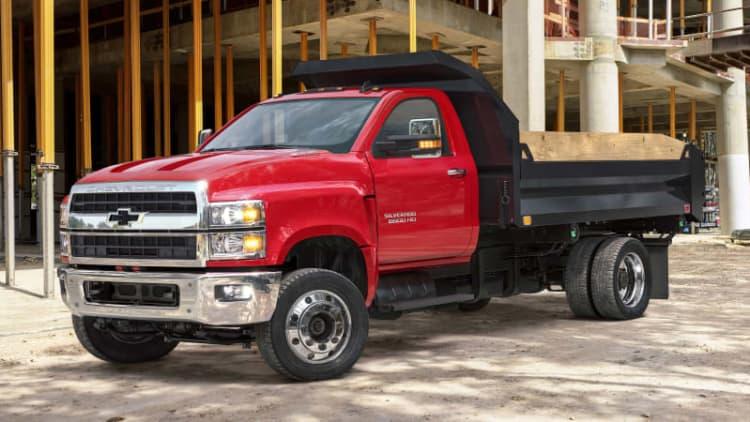 2019 Chevy Silverado medium-duty commercial trucks revealed