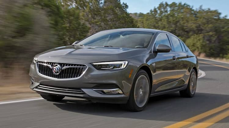 2018 Buick Regal Sportback First Drive Review | Eyes wide shut