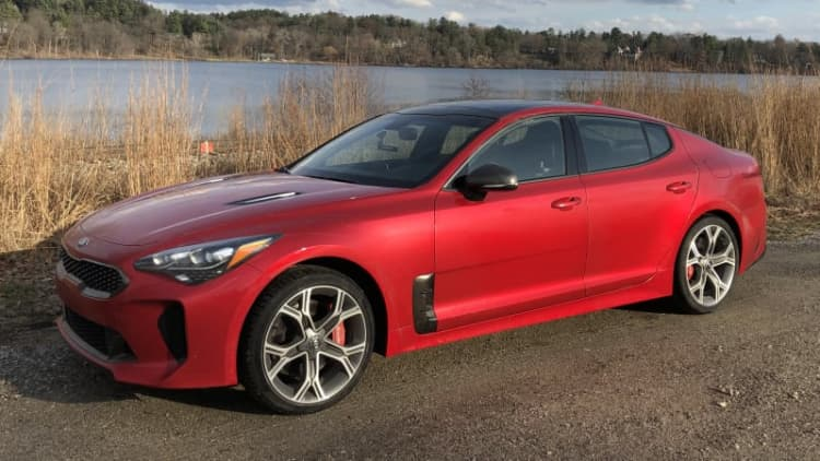 2018 Kia Stinger GT Long-Term Review Update | What living with the Stinger is like