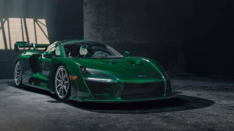 First U.S. McLaren Senna has gorgeous green carbon fiber body