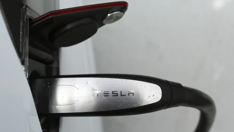 Tesla hits 200,000 cars, meaning a lower tax credit for EV buyers