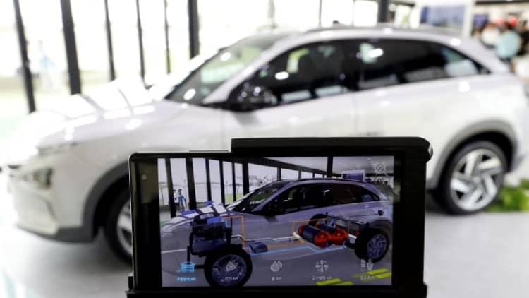 Hyundai confirms a shift to EVs, unveils fuel cell SUV