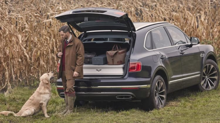 Bentley Bentayga Field Sports by Mulliner is the perfect SUV for rich hunters