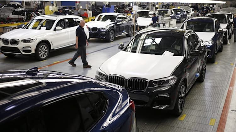 BMW raises price of U.S.-made X5 and X6 SUV models in China