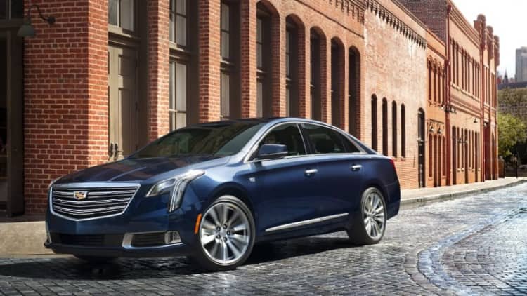 2018 Cadillac XTS V-Sport Drivers' Notes Review | Cruise missile