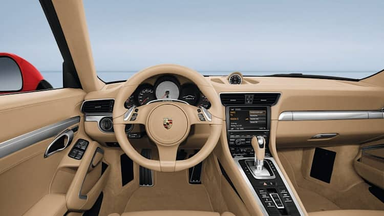 Dashboard glare could net Porsche owners free sunglasses