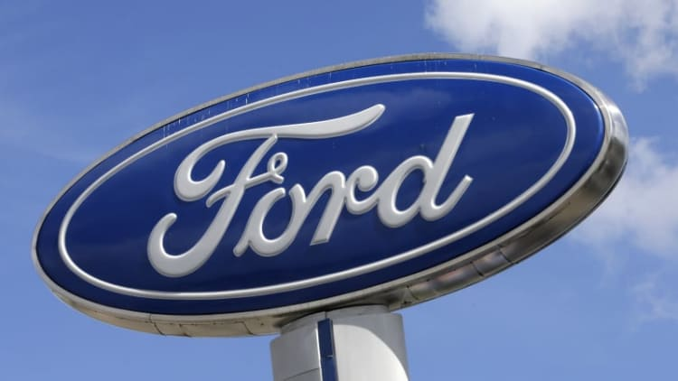 Ford recalls over 953,000 vehicles to replace Takata airbag inflators