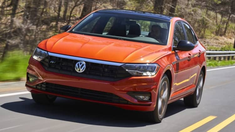 2019 Volkswagen Jetta First Drive Review | More style, not much more excitement