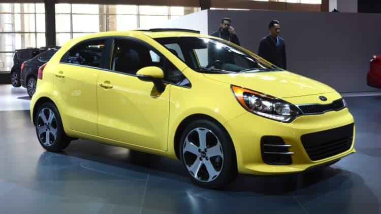 Kia reveals updated 2016 Rio hatchback and sedan [w/videos]