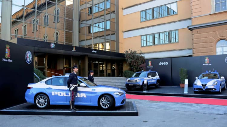 Jeep and Alfa Romeo join the already exotic Italian police force