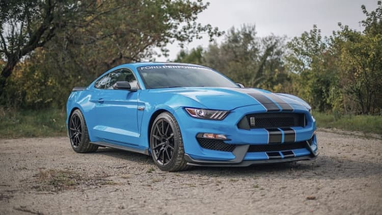 2017 Ford Shelby GT350 Drivers' Notes | My blue heaven