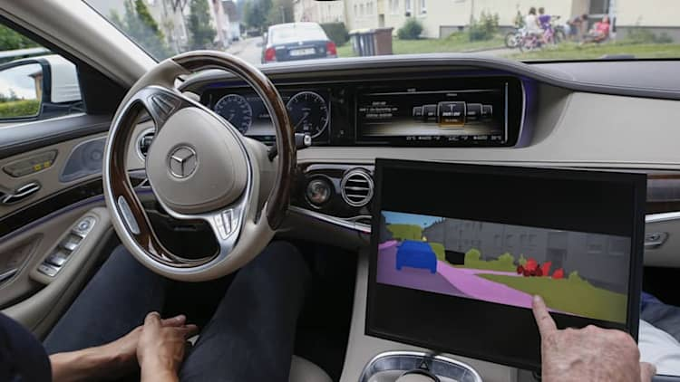 German automakers explore alliance to develop self-driving cars