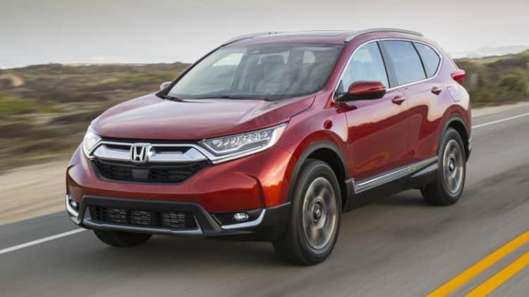 Report: 2017-18 Honda CR-V having engine problem, gasoline mixing with oil