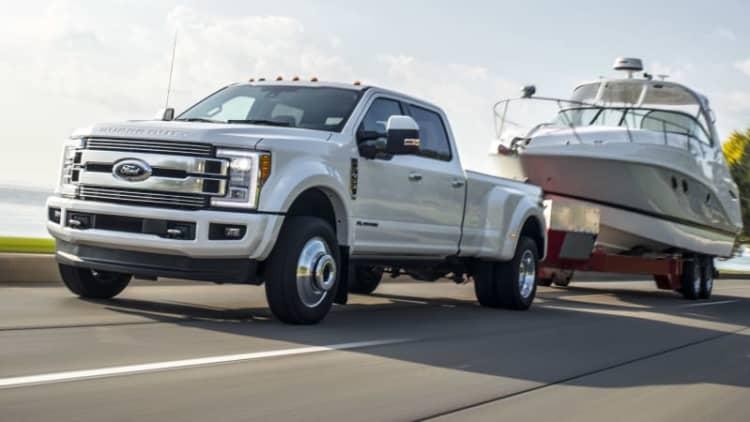 Ford Super Duty trucks get a bit more super for 2018