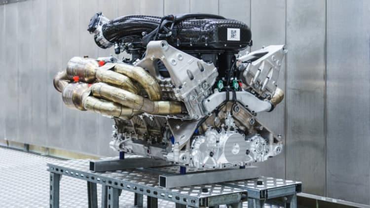 Aston Martin Valkyrie set to make 1,000 horsepower, rev to 11,100 rpm