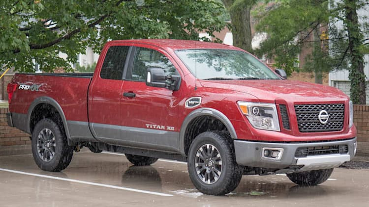 2017 Nissan Titan XD Pro-4X Drivers' Notes | Machine in the middle
