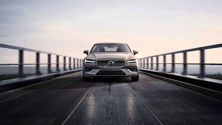 2019 Volvo S60 to start at $36,795, subscription details revealed