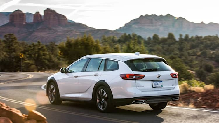 2018 Buick Regal TourX First Drive Review | Pop the champagne, it's another wagon!