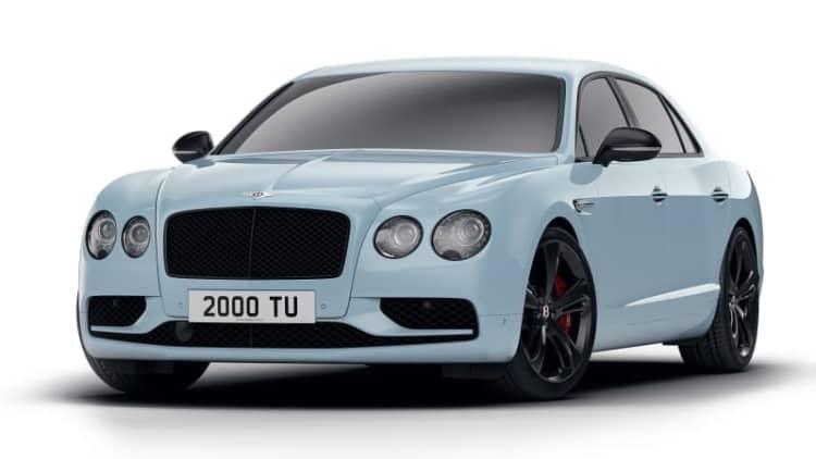 Bentley Flying Spur V8 S Black Edition is a subtle black-trimmed beauty
