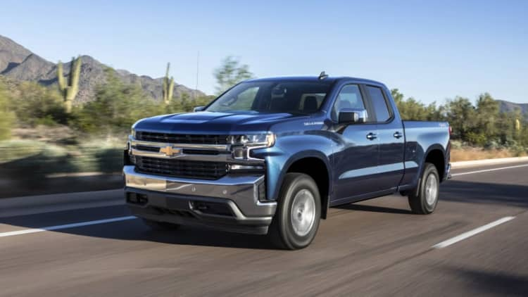 2019 Chevy Silverado 2.7L Four-Cylinder First Drive Review | Downsizing