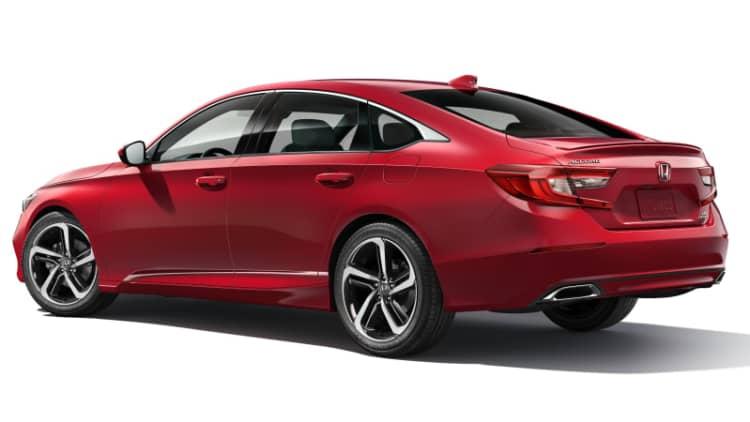 2018 Honda Accord charges into slumping sedan market