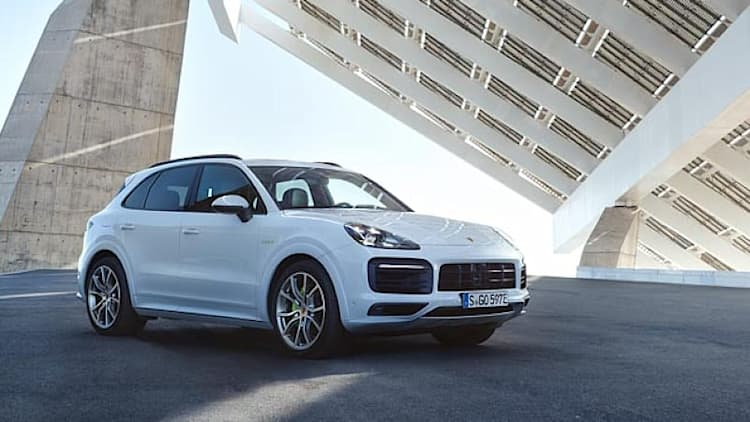 2019 Porsche Cayenne E-Hybrid: 27 miles of electric range, 0-60 mph in 4.7