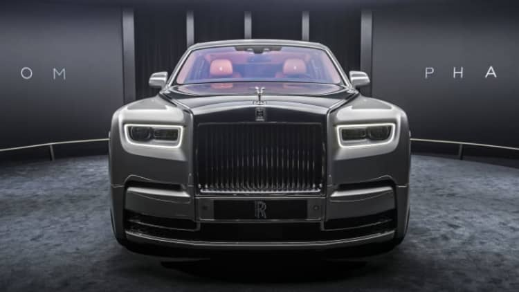 Watch the Rolls-Royce Phantom live reveal