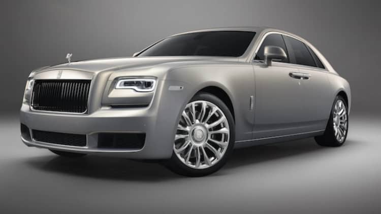 Rolls-Royce shows off commemorative Silver Ghost — with actual silver