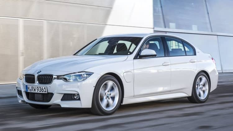 2016 BMW 330e Plug-In Hybrid First Drive