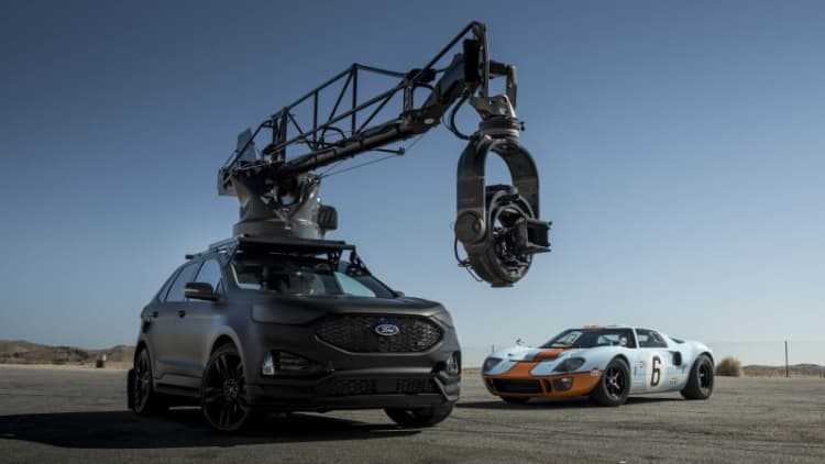 2019 Ford Edge ST makes for a mean-looking camera car