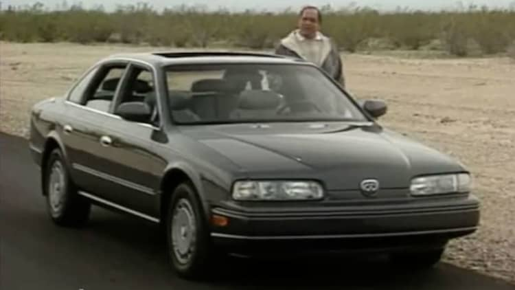 MotorWeek revisits 1990 Infiniti Q45