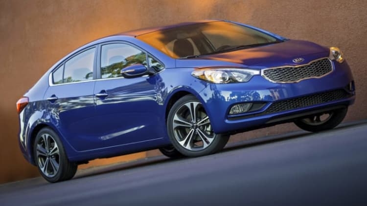 Kia calls in 87k Fortes over fan fire issue