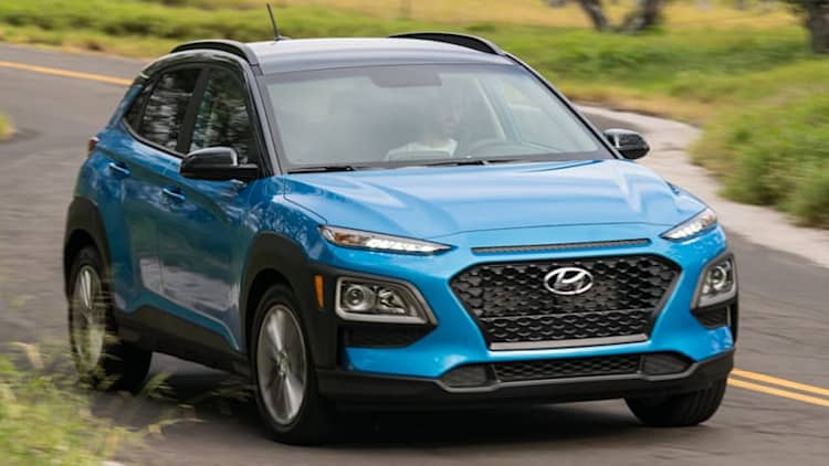 2018 Hyundai Kona SEL 2.0-liter Quick Spin Review | Slow down and save money