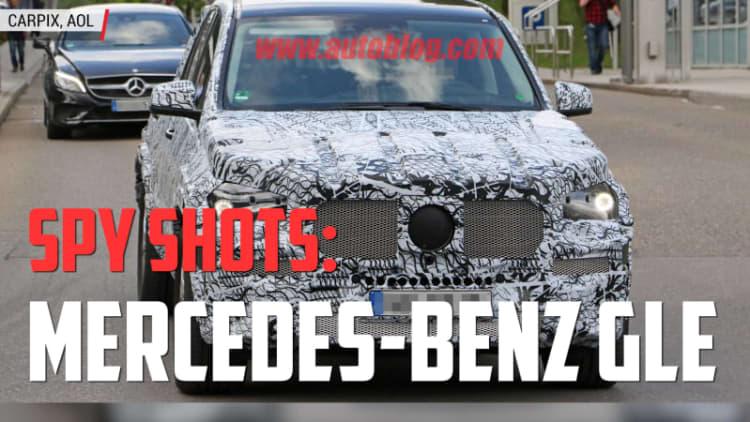 Mercedes-Benz GLE Spied | Autoblog Minute