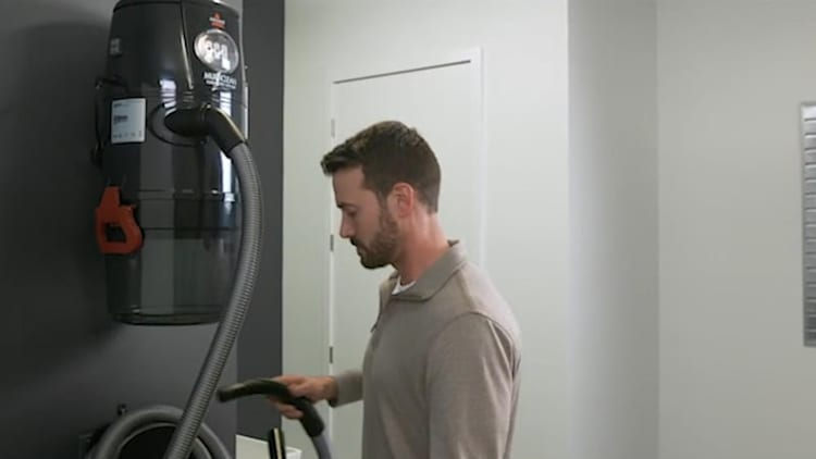 This might be the ultimate vacuum for your garage