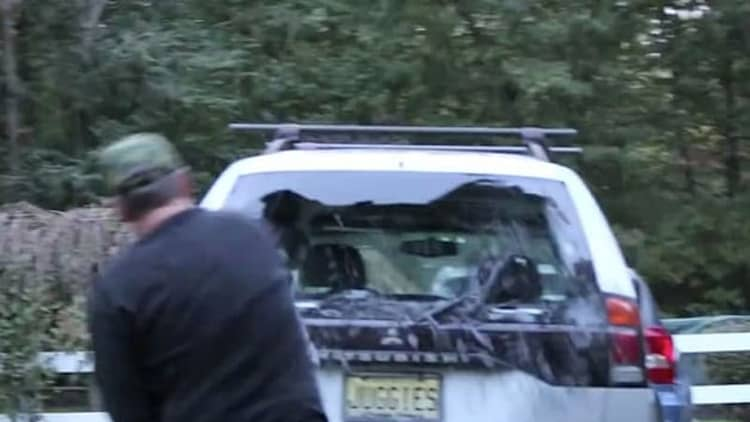 Angry dad smashes son's Mitsubishi with Xbox