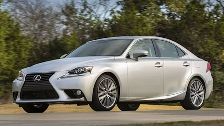 Lexus gives IS early updates for 2015