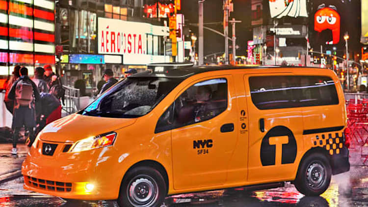 Nissan NV200 taxi goes on sale in NYC while mandate still being figured out