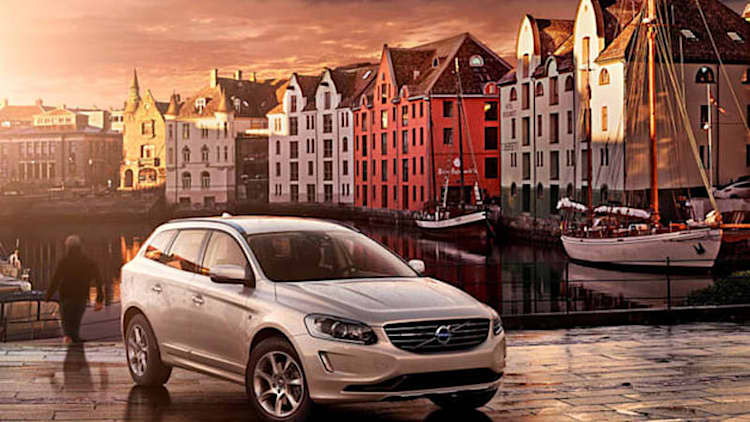 Volvo V70 and XC70 and Ocean Race special editions wash ashore ahead of Geneva