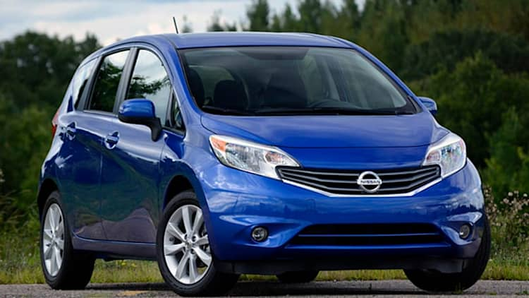 nissan versa note news photos and reviews autoblog. Black Bedroom Furniture Sets. Home Design Ideas