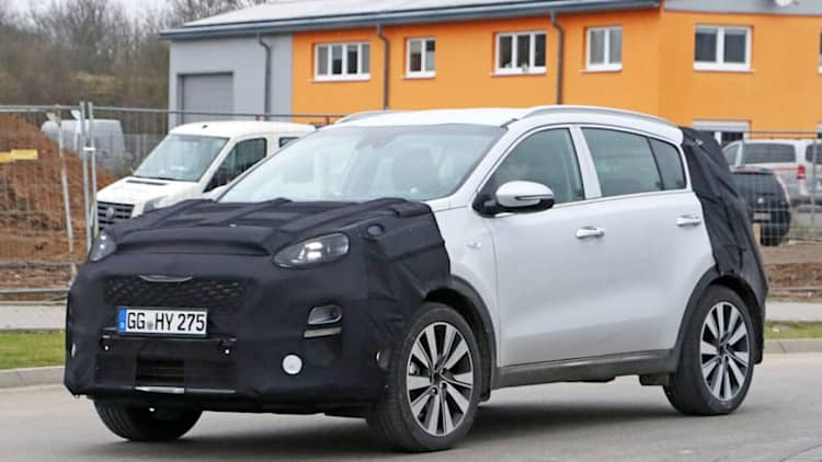 Kia Sportage first spy shots show compact crossover gets a facelift