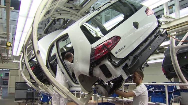 Watch the VW E-Golf get made
