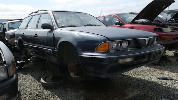 Junkyard Gem: 1995 Mitsubishi Diamante Station Wagon