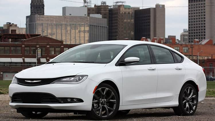 2015 Chrysler 200S AWD [UPDATE]