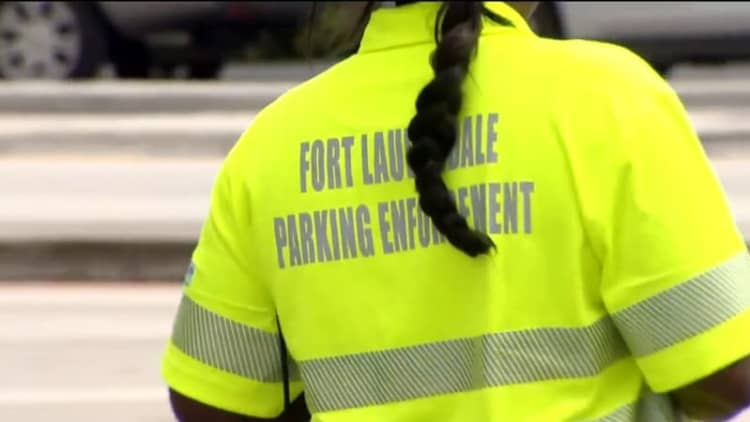 Florida man found dead inside SUV covered in parking tickets
