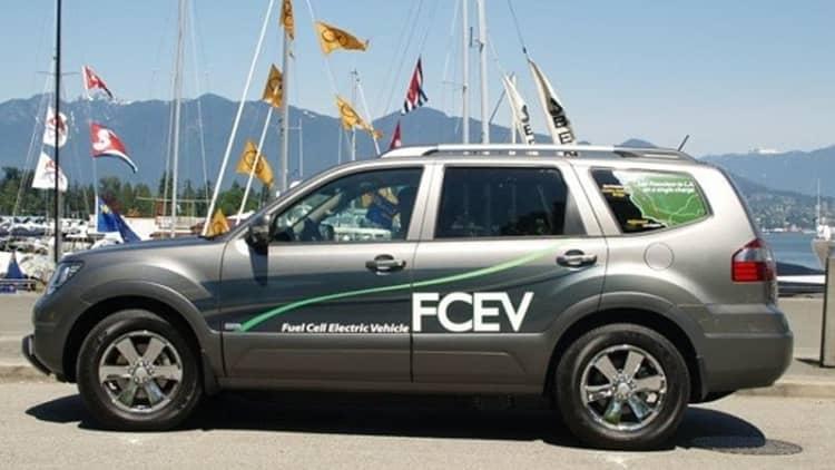 First Drive: hydrogen-powered Kia Borrego FCEV and Nissan X-Trail FCV