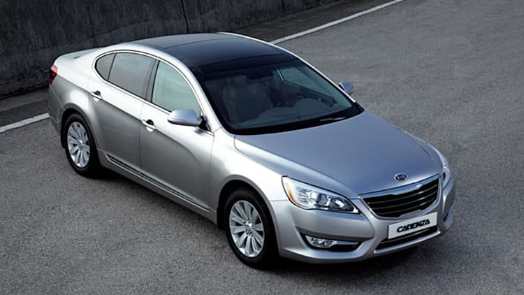 2011 Kia Cadenza bows in Korea, replacing Amanti in the U.S.