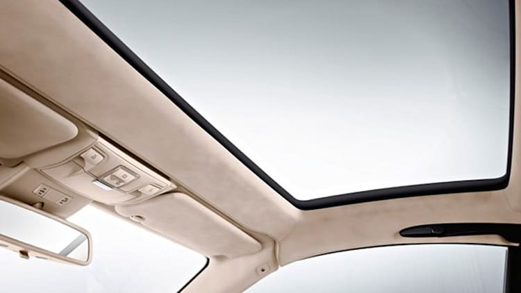 Mercedes to bring Magic Sky Control to side windows?