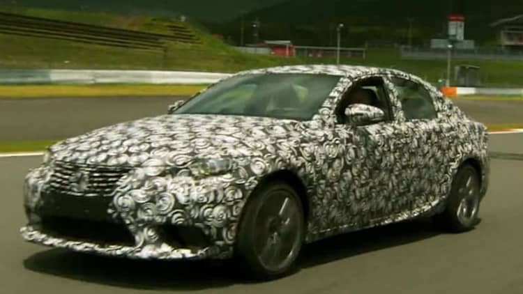 Lexus gives Jay Leno a shot at driving its 2014 IS
